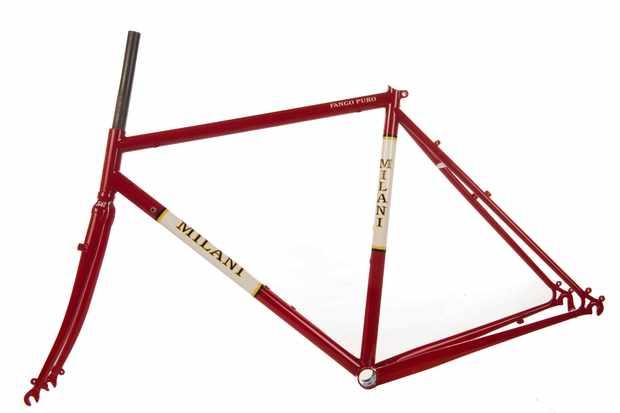 The limited-edition Milani Fango Puro frameset.