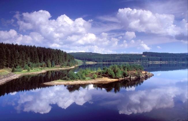 Lewiburn Bay provides a stunning backdrop to Kielder Forest