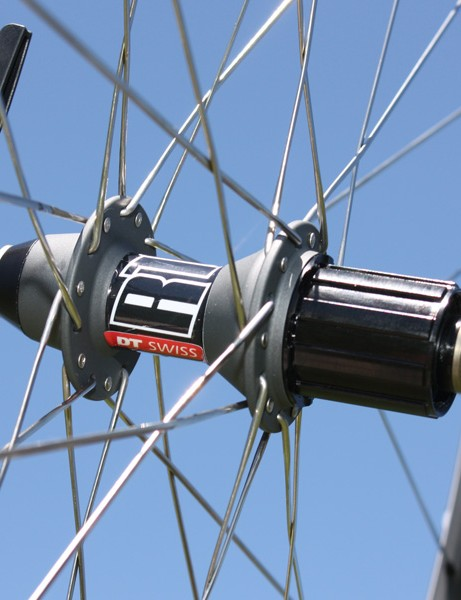 The rear hub is essentially the same as the high-end 240s save for the heavier steel axle.