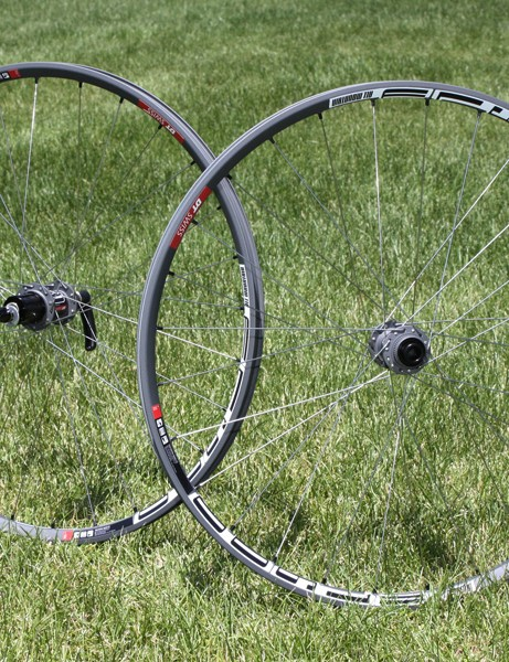 Off-road riders get their own M 1600 wheels with the same 1,600g wheelset weight.
