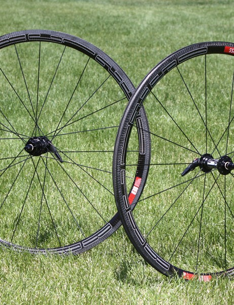The long awaited DT Swiss RRC 1250 all-carbon clincher road wheels are now finally in production.