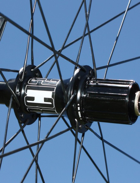 DT Swiss builds the RRC 1250 around its top-end 190 ceramic hubs.