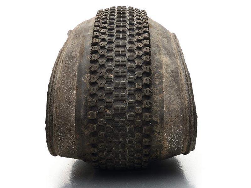 Kenda Small Block Eight DTC SWS 2.1in tyre