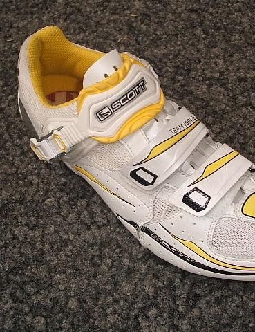 Scott's lightweight Pro Race Team Issue shoe