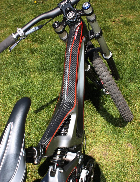 The broad top tube promises a torsionally rigid front end.