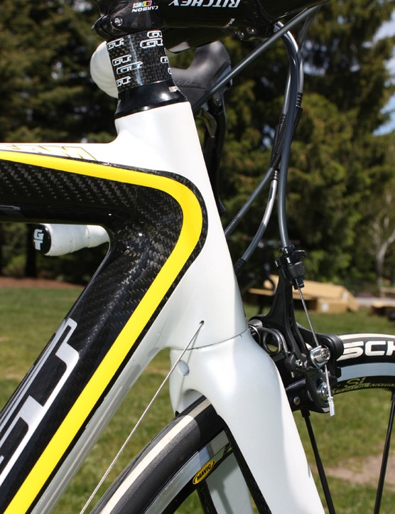 The newly tapered head tube sports trick internal housing stops.