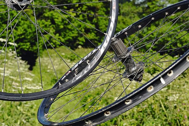Bezerk FR Wheelset