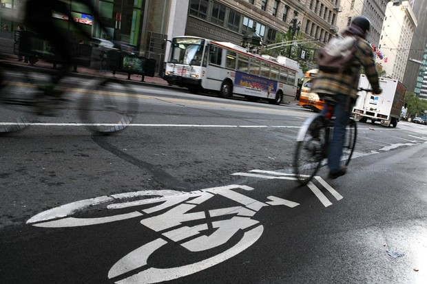 More cyclists = fewer deaths