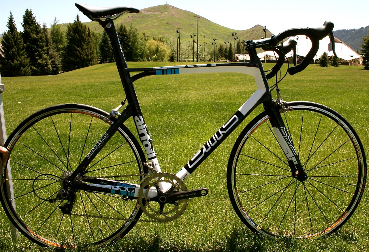 The 2010 BMC RaceMaster SLX01 remains unchanged from 2009, but with lower pricing.