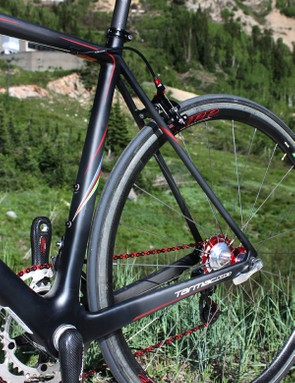 The seat stays are still slender for comfort and use an elliptical profile to keep lateral rigidity high.