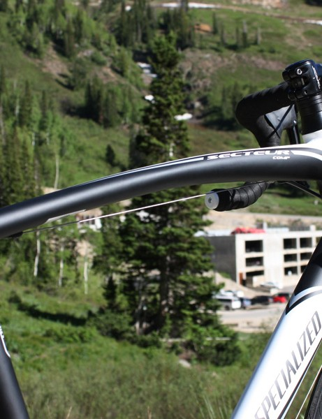 The curved top tube supposedly allows for more front-end flex over bumps.