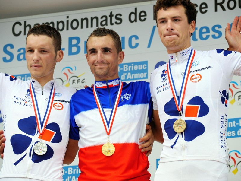 French road champion Dmitri Champion is flanked by Anthony Geslin (L, 2nd) and Anthony Roux (R, 3rd) on the podium
