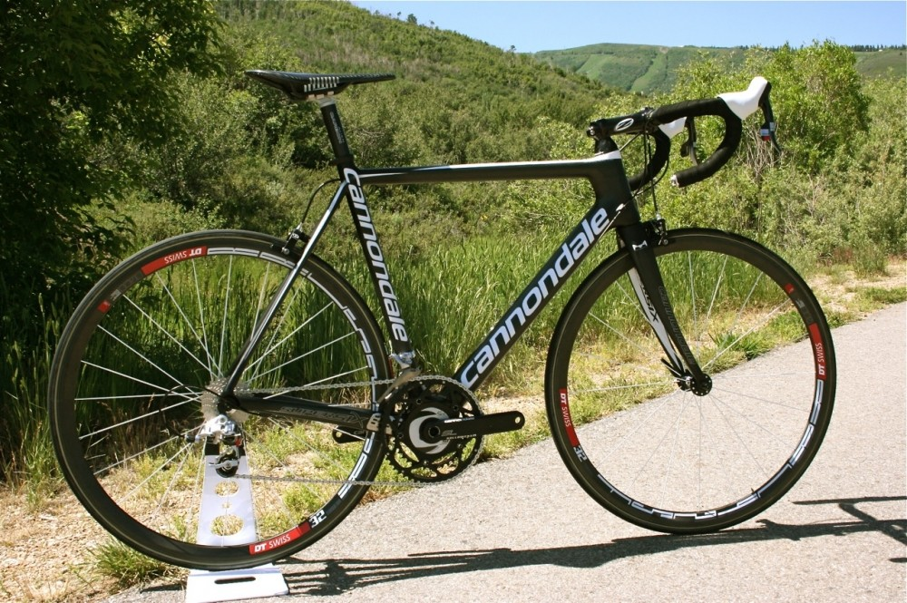 The 12.2-pound 2010 Cannondale SuperSix Ultimate, yours for just US$13,299.