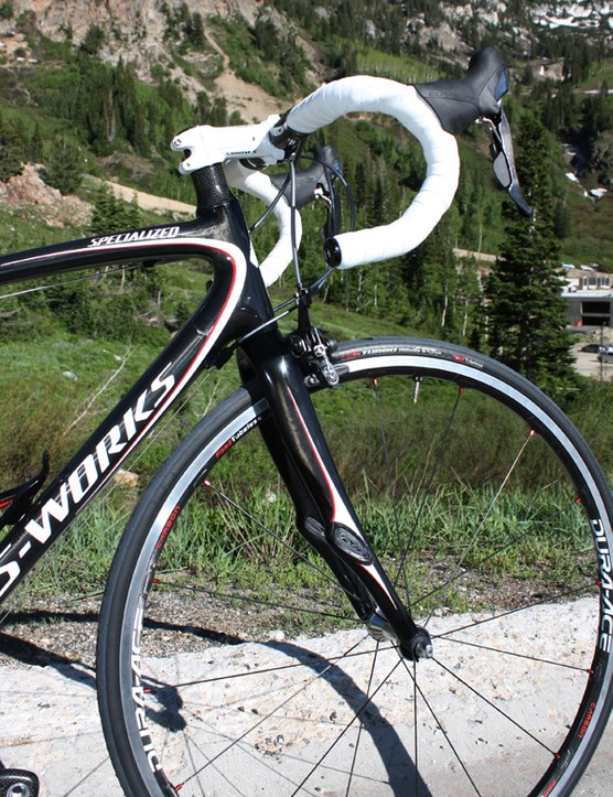The 2010 Ruby uses a straight steerer tube for more comfort.