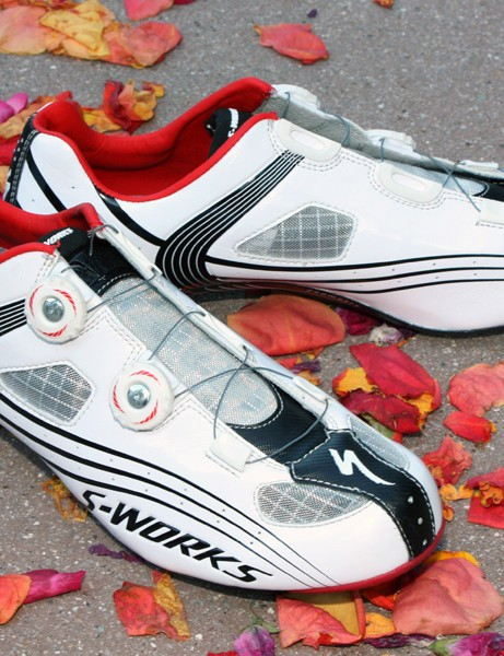 The new S-Works road shoe now weighs just 470g per pair (actual weight, sz43.5).