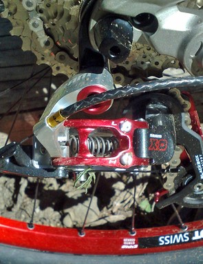 All Enduro models come with a custom double ring Shimano crank and lightweight Gamut chainguide to keep you chained up however hectic it gets