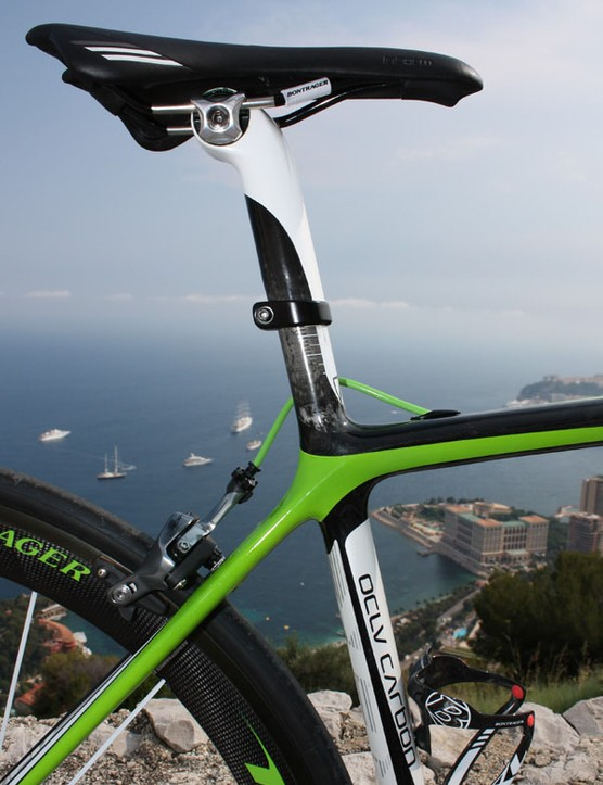 Last year's deeper-section seatmast design has been traded for a round profile on the 6 Series Madone