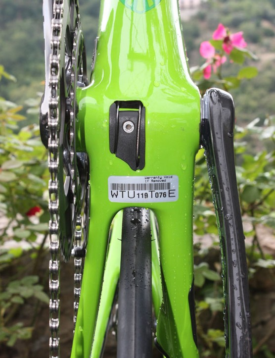 The driveside chainstay is taller and thinner while the non-driveside stay is substantially wider and more rounded