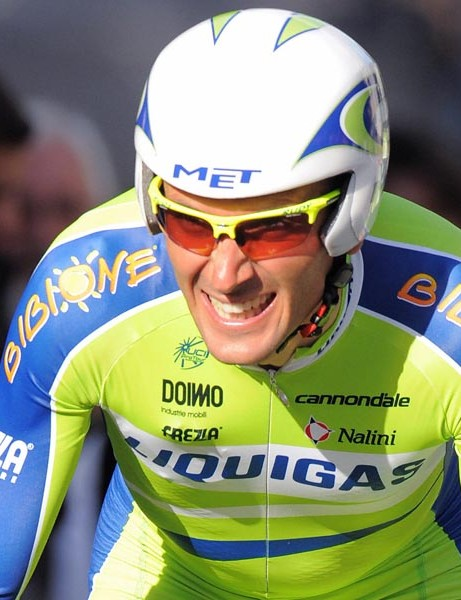 Italian team leader Ivan Basso (Liquigas/Italy) competes, on June 7, 2009, in the 12,1 km individual time-trial and first stage of the 61th edition of the Criterium of Dauphine Libere cycling race run in Nancy, eastern France