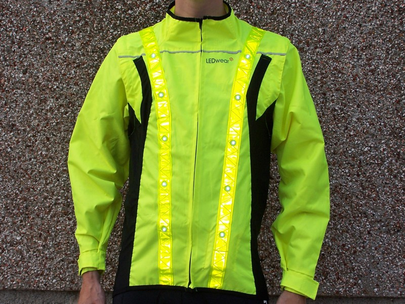 ... especially in combination with the full-length reflective strips