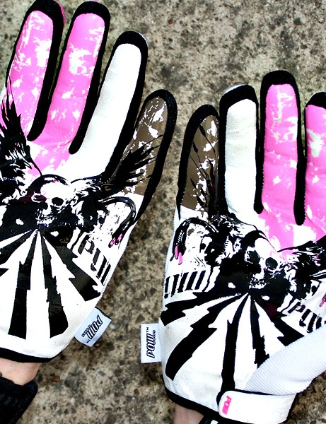 Pow Shocker gloves