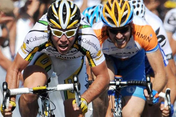 Tyler Farrar (R) was not far behind stage 2 winner Mark Cavendish