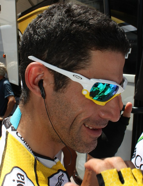 George Hincapie (Columbia-High Road) likes his Jawbones in white and yellow and come September of this year, you'll be able to pick your own colors, too.