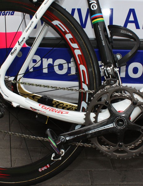 For whatever reason, Ballan's Record derailleurs are paired to a Chorus crank.
