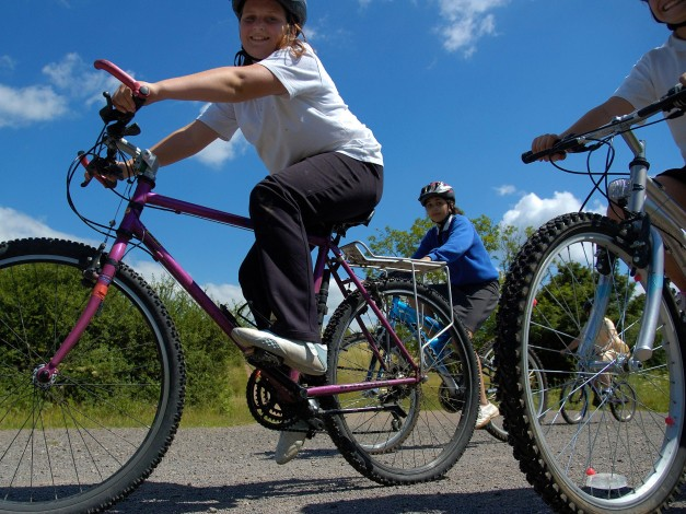 Sustrans has been awarded £230,000 to get girls in Scotland aged nine to 16 cycling to school at least once a week