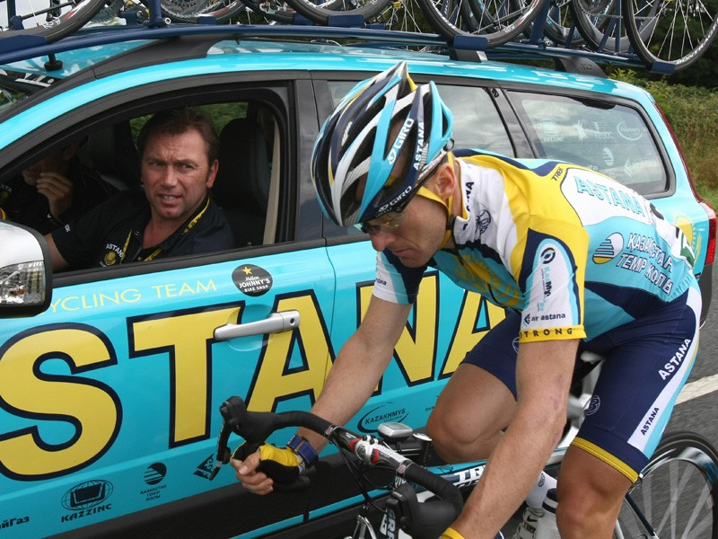 Levi Leipheimer is out of the Tour after breaking his wrist