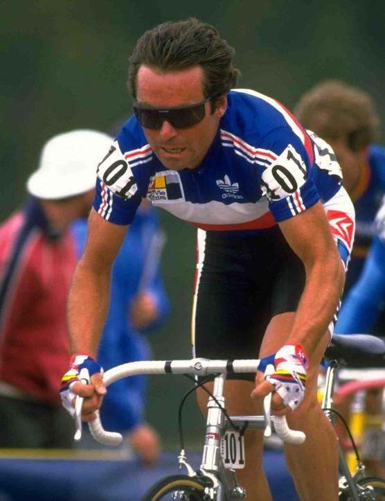 Bernard Hinault races the 1986 world road championships in Colorado.