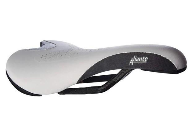 Fizik Aliante Carbon saddle