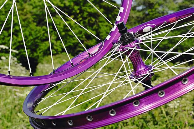 Halo SAS Wide Boy/DJD Purple Haze Wheels