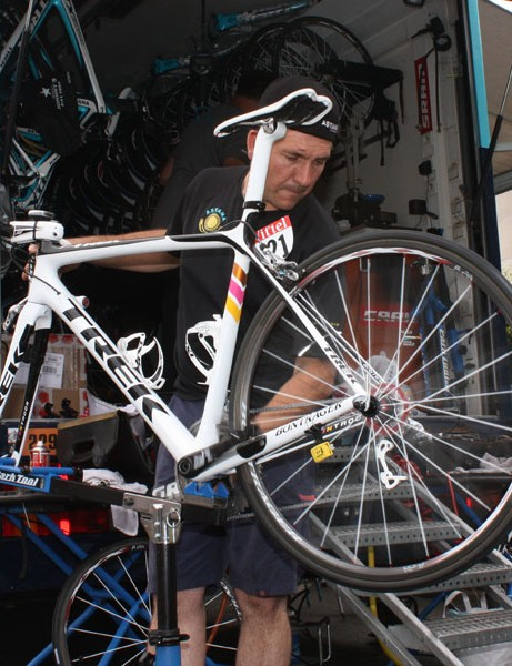 Munoz takes a lot of pride in his work and Contador's machine is among the most impeccably prepared bike we've encountered.