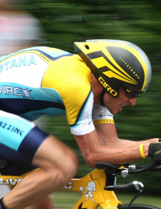 Lance Armstrong pushes the pace during the stage 18 time trial in Annecy, France July 23, 2009.