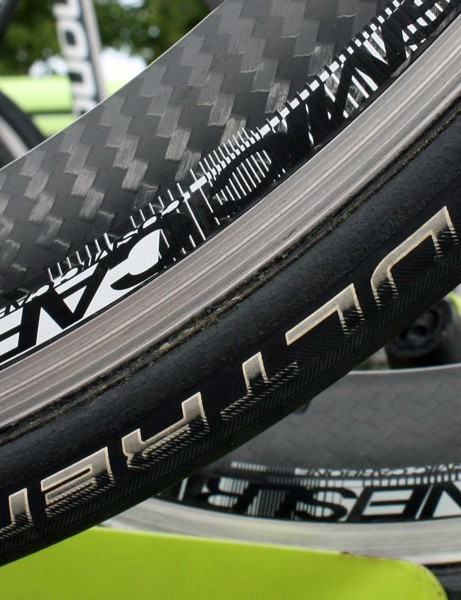Liquigas' Mavic Cosmic Carbone SLR wheels use a team-only tubular rim.  The production version is only available as a clincher.