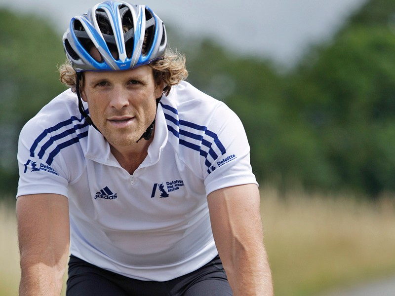 Olympic rowing champion James Cracknell is tackling the Land's End to John O'Groats tandem record with Rebecca Romero to help launch Ride Across Britain