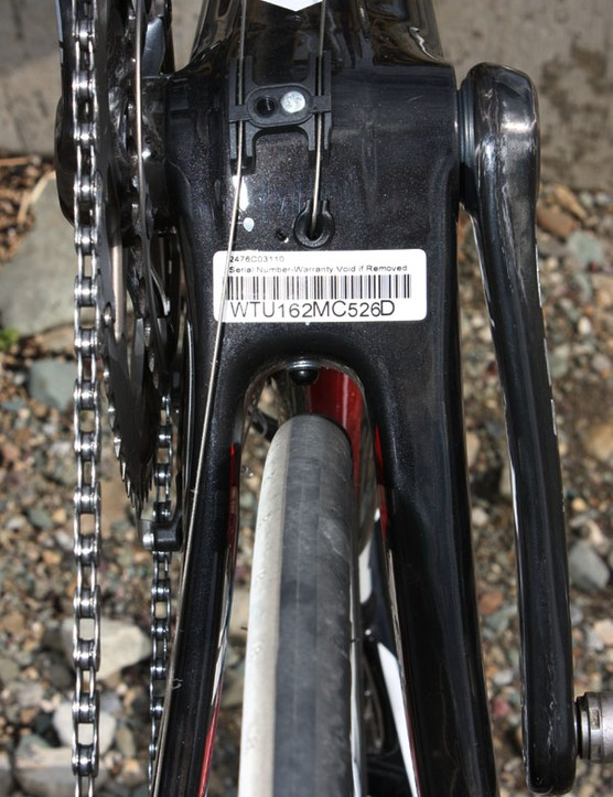 The chain stays are dramatically asymmetrical with the non-drive stay measuring nearly twice the width of the driveside tube.