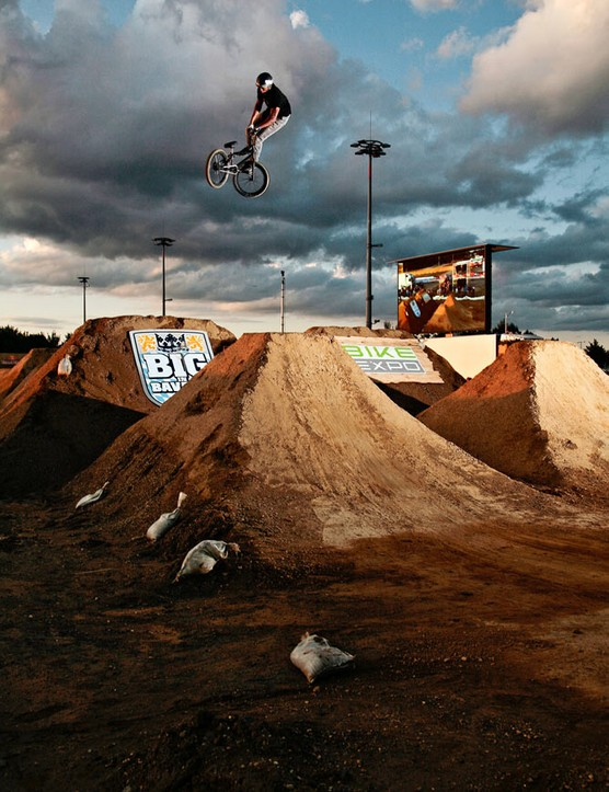 TJ Ellis – 360 tailwhip at Big In Bavaria 2009