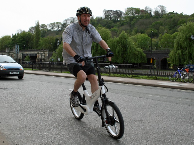 Cycling Plus's Simon Withers takes the Gocycle for a spin