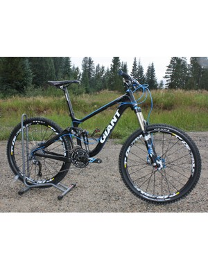 The 2010 Giant Trance X Advanced SL gets lighter and stiffer but keeps the awesome Maestro rear end