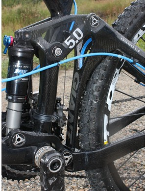 The Y-shaped brace is moulded to the seatstays