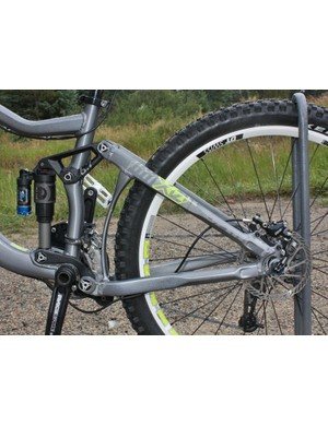 Giant's Maestro suspension design seemingly works just as well in an all-mountain application as it does for short-travel cross-country bikes