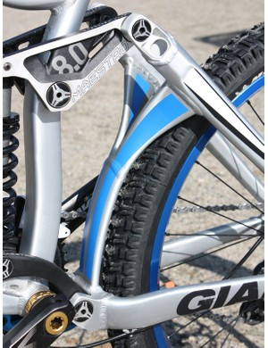 The stout Y-shaped brace still leaves plenty of room for big downhill rubber