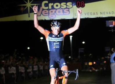 Ryan Trebon (Kona) wins the 2008 CrossVegas in front of 10,000-plus spectators (and Lance Armstrong).