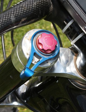 The Lefty fork's lockout lever is located up high where it's easily accessed