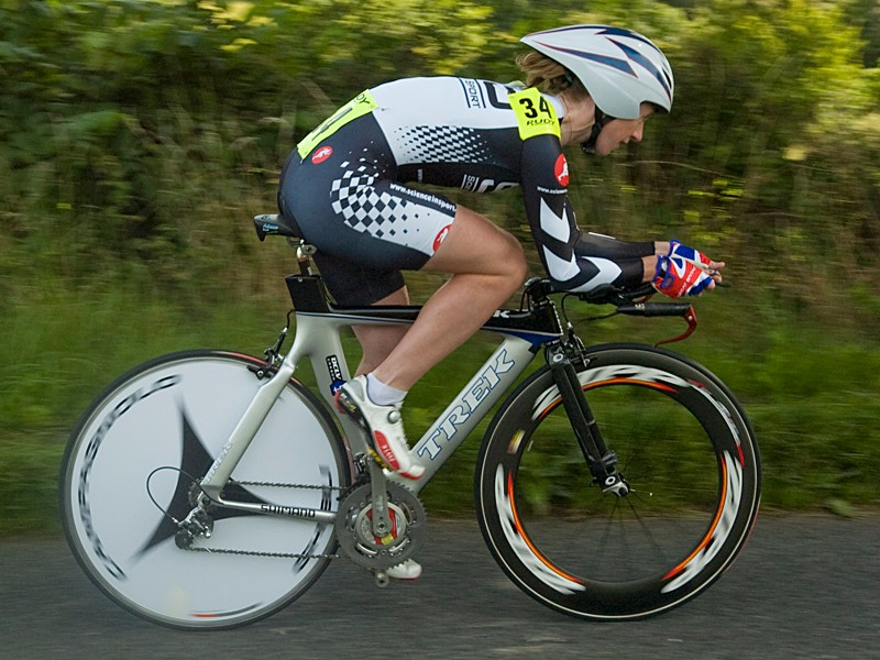 Wendy Houvenaghel triumphed in the women's race
