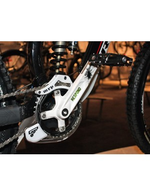 The Session 8 will come with new Respond cranks from Race Face.
