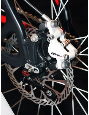 Pivoting dropouts supposedly will handle up to a four-tooth cog spread without having to alter chain length.