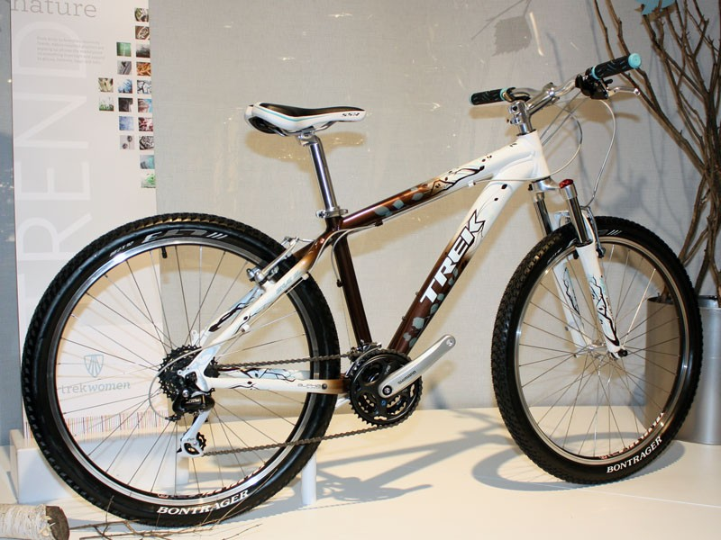 Trek will introduce the new Skye range of hardtails for new female riders for '10.